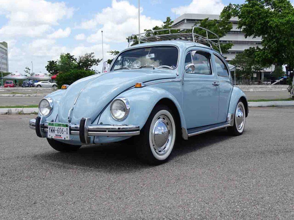 Volkswagen Sedan 70